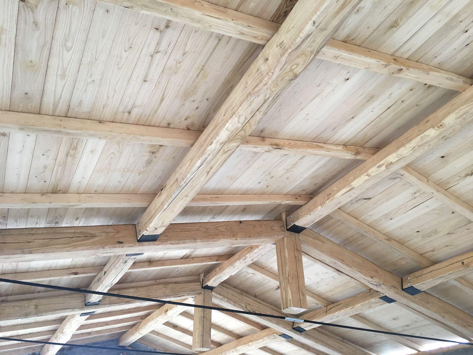 Colori Tetti Legno Lamellare tetto in legno di castagno